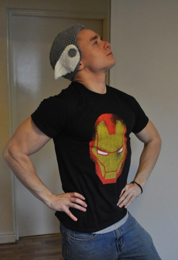 Boyfriend in Thor hat